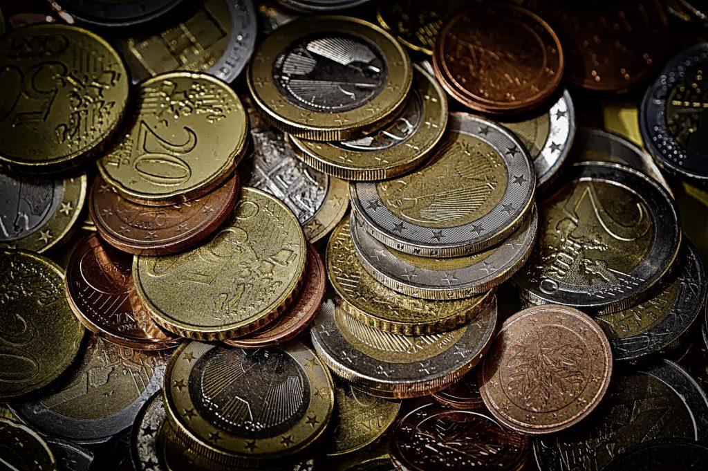 Wie wir anfangen können zu investieren, wenn wir keine Superverdiener sind