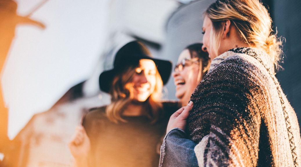 7 Phrasen, die intelligente Menschen nie im Gespräch verwenden